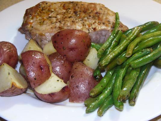 Baked Pork Chops and Vegetables One-PanWonder
