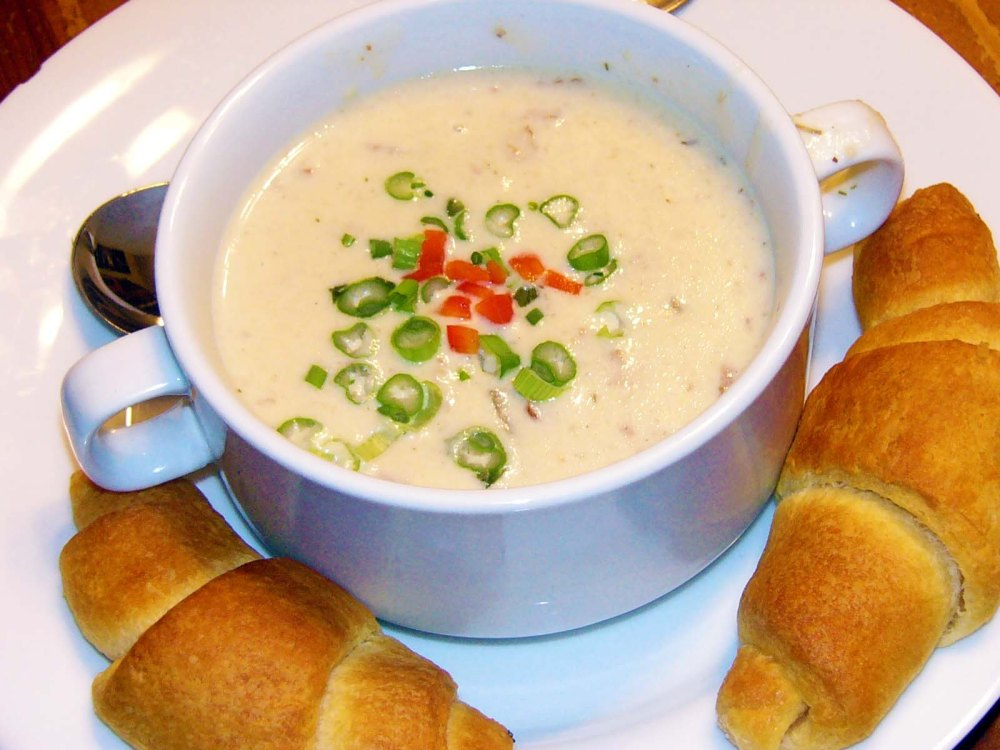 Slow Simmered Creamy Potato and BaconSoup