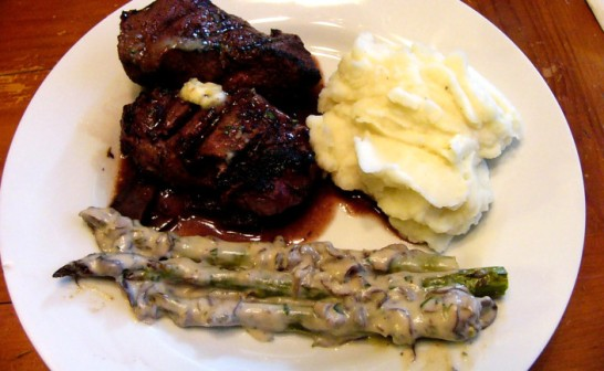 filet-mignon-in-red-wine-reduction-sauce-with-garlic-butter