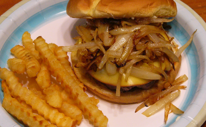 gouda-cheese-burgers-with-caramelized-onions-8