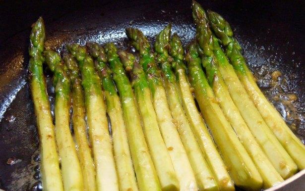 pan-seared-asparagus-100