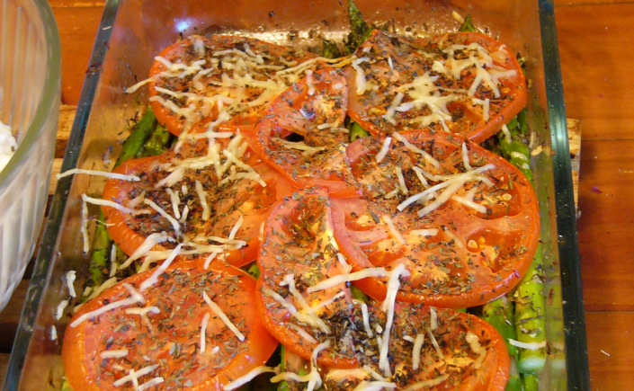 Tuscan Roasted Asparagus with Tomatoes andParmesan
