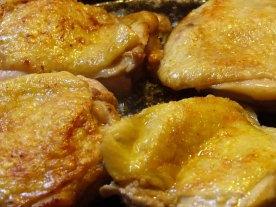 awesome-garlic-chicken-thighs-4