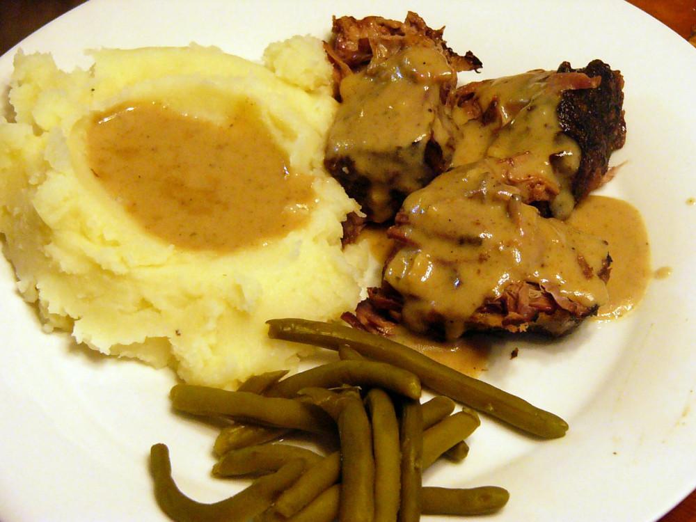 Crock Pot Chuck Roast with Creamy DrippingGravy