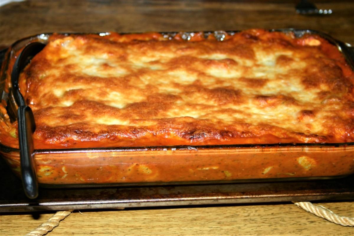 Cheesy Baked TortelliniCasserole