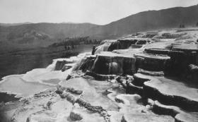 1872 mammoth hot springs