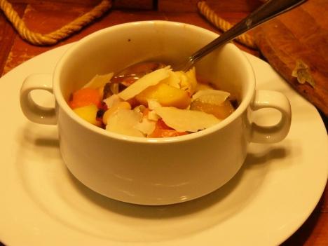 autumn-minestrone-soup-110