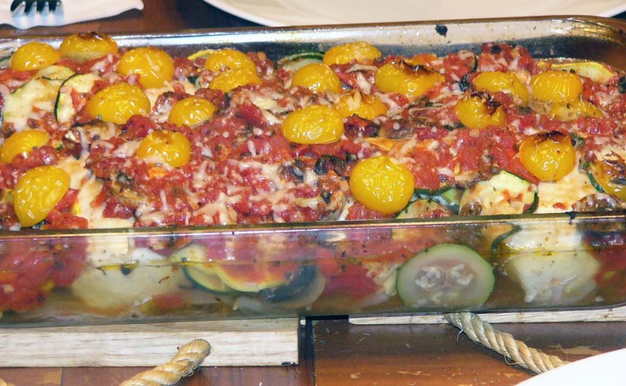 Saucy Chicken Bake with Vegetables