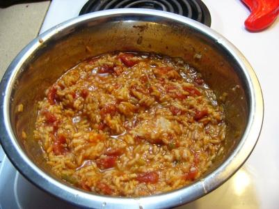 spicy-chicken-thighs-in-spanish-rice-2