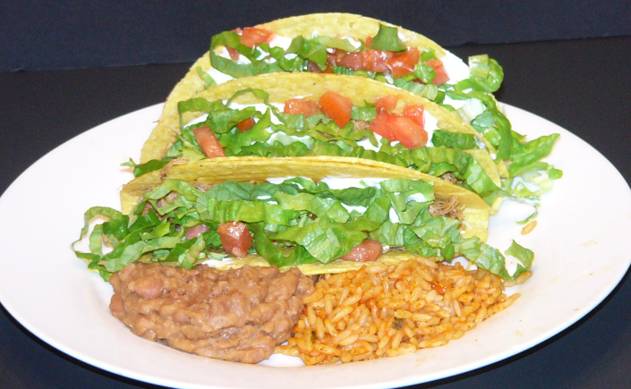 Slow Cooker Spicy Chicken ThighTacos