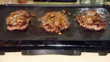 diner-style-sourdough-burgers-4