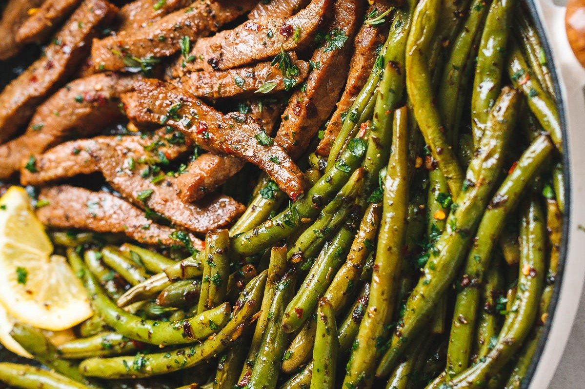 Marinated Garlic Butter Steak Skillet Supper with Green Beans