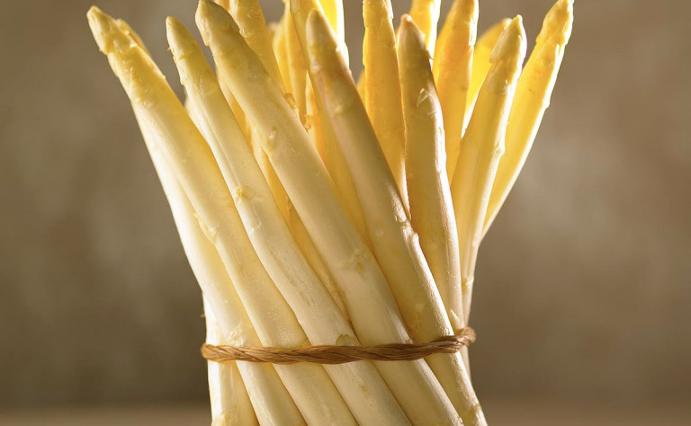 White Asparagus will soon be coming to a Market nearYou