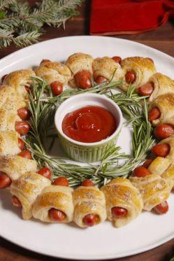 rosemary wreath smokies in a blanket