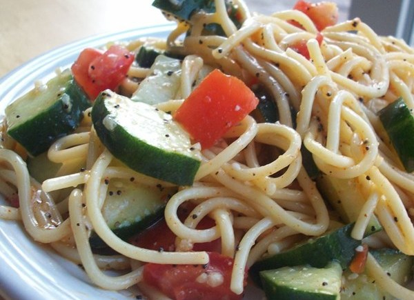 California Spaghetti Pasta Salad with ItalianDressing