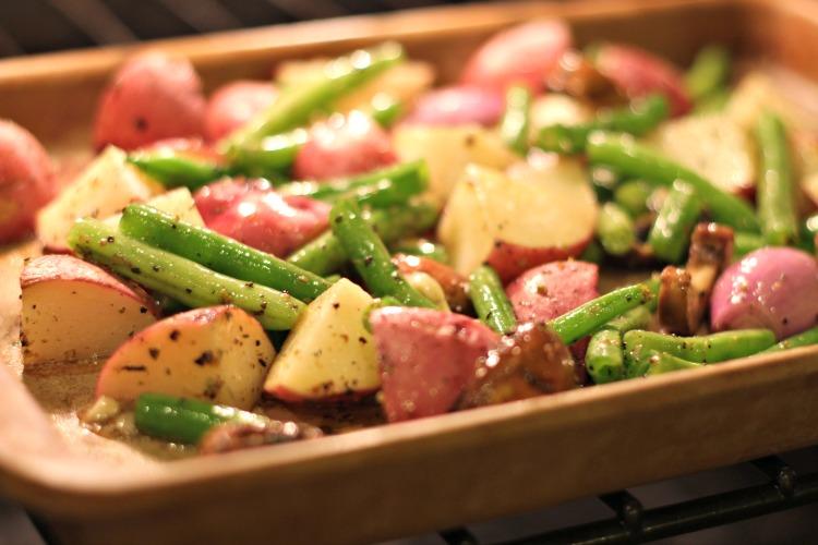 Italian Red Potatoes with Fresh GreenBeans