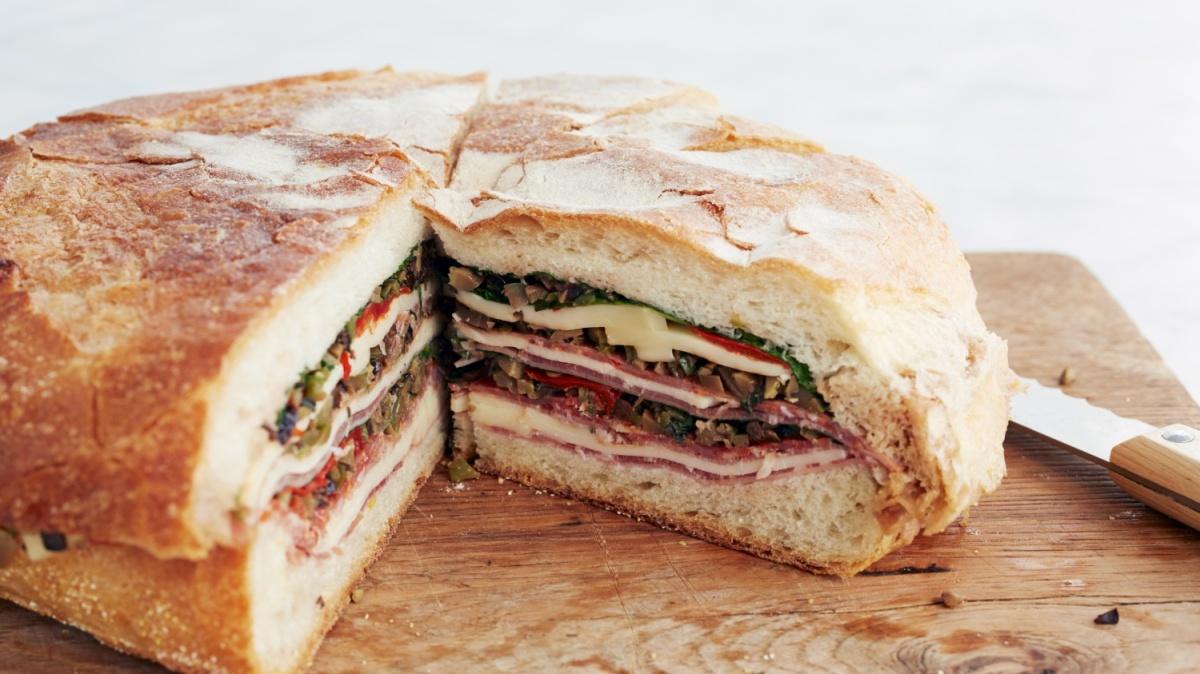 Italian Muffuletta PicnicSandwich
