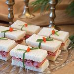red-pepper-feta-roast-beef-finger-sandwiches
