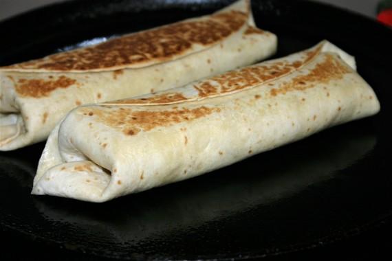 portuguese chicken burritos (4)