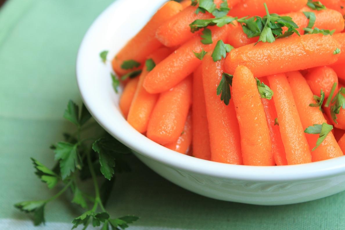 Apricot-Glazed Carrots