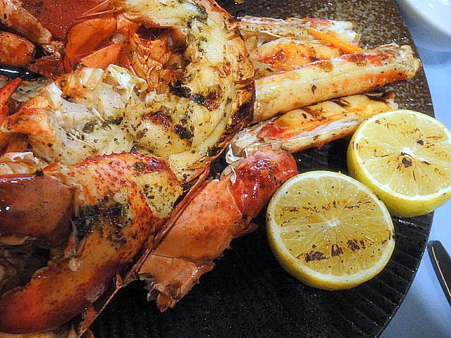 Smoky Grilled King Crab Legs are Delicious!
