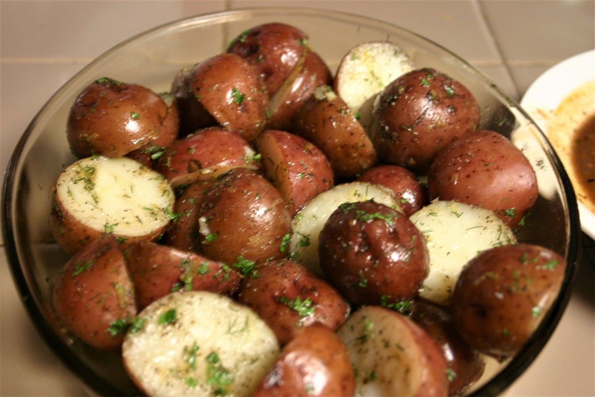 Steamed New Potatoes with Lemon Zest andHerbs