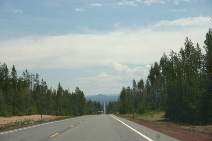 24 Drive out North Gate of Crater Lake (4)