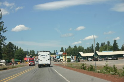 25 Drive out North Gate of Crater Lake (5)