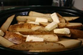 Crock Pot Roasted Potatoes (7)