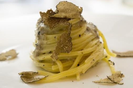 Romano Cacio E Pepe with Truffles