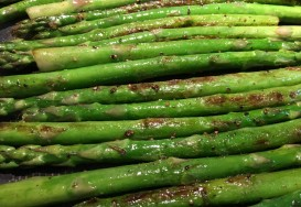 braised green asparagus