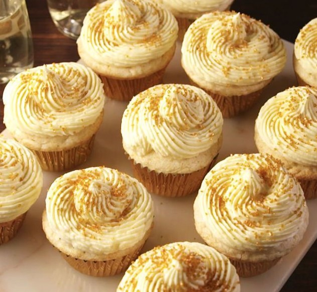 Let's Celebrate Life Every Day withCupcakes