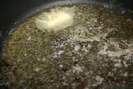 Seared Scallops over Squid Ink Spaghetti (4)