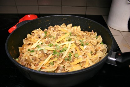 Spicy Beef & Butterfly Pasta (3)