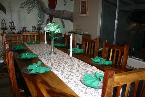 03 March Table