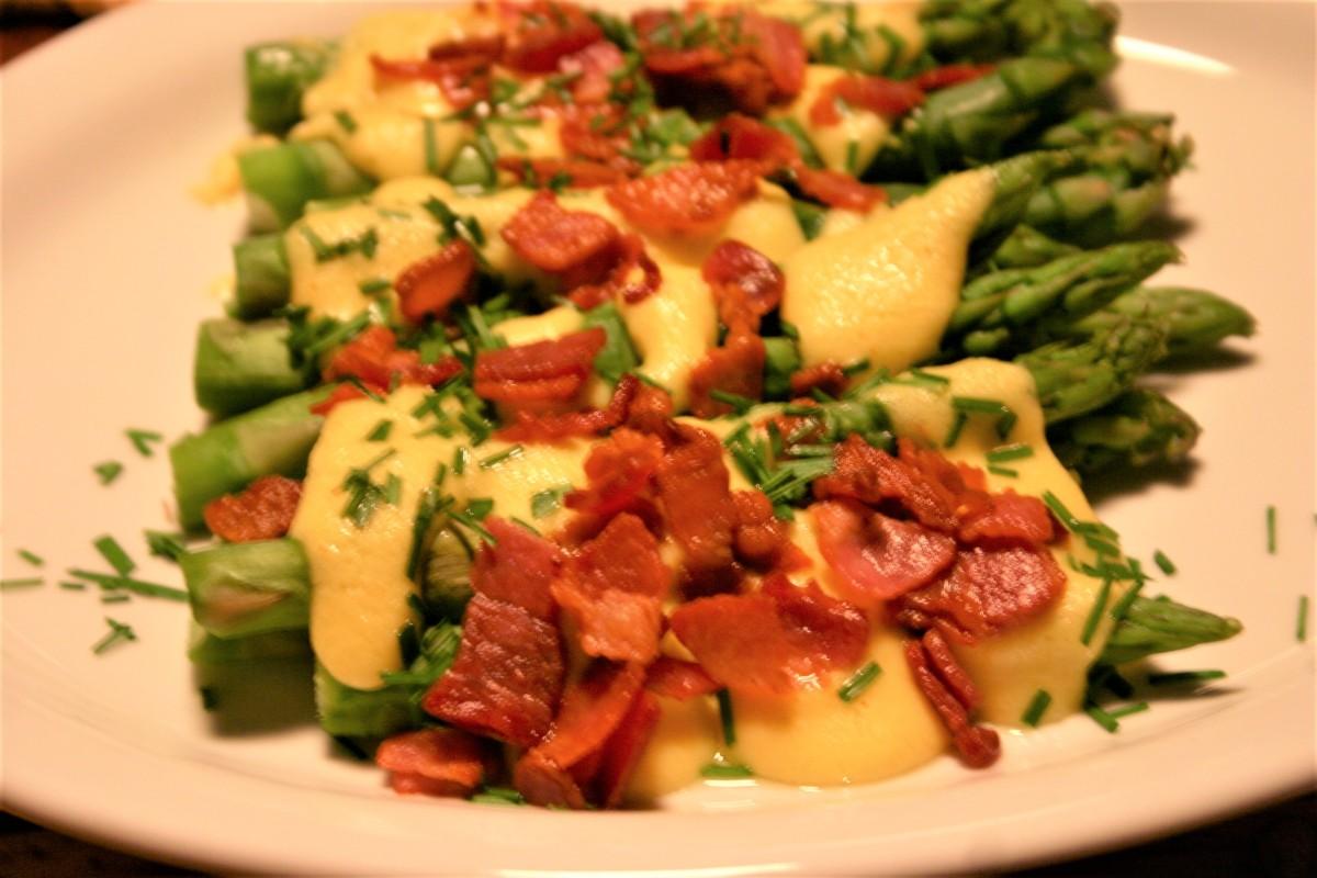Asparagus with BaconSabayon