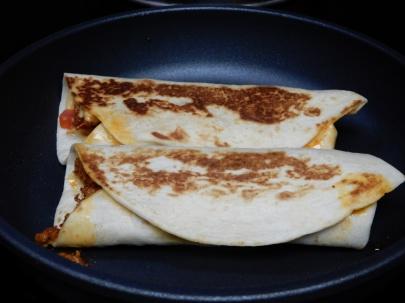 Nacho Chorizo Burritos (6)