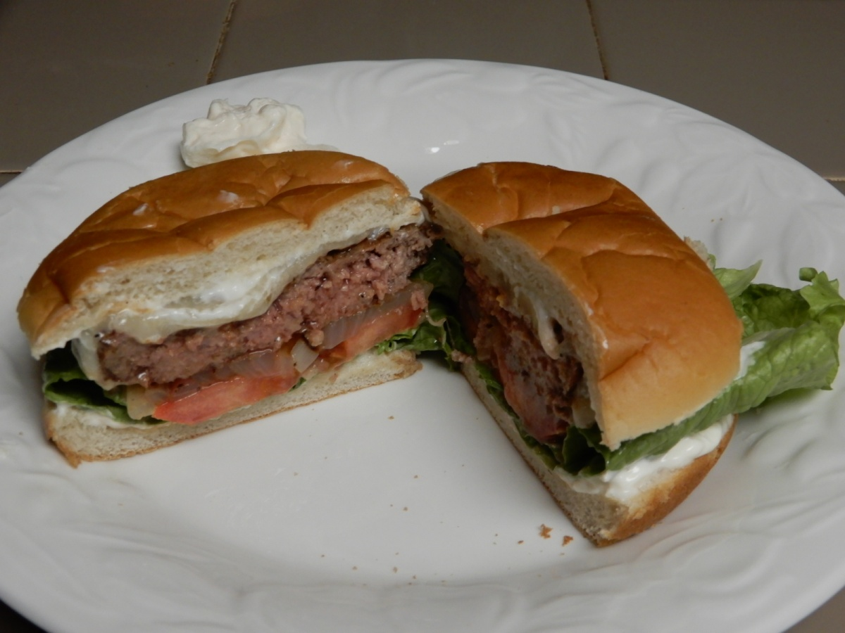 Grilled Onion Round PepperyCheeseburgers
