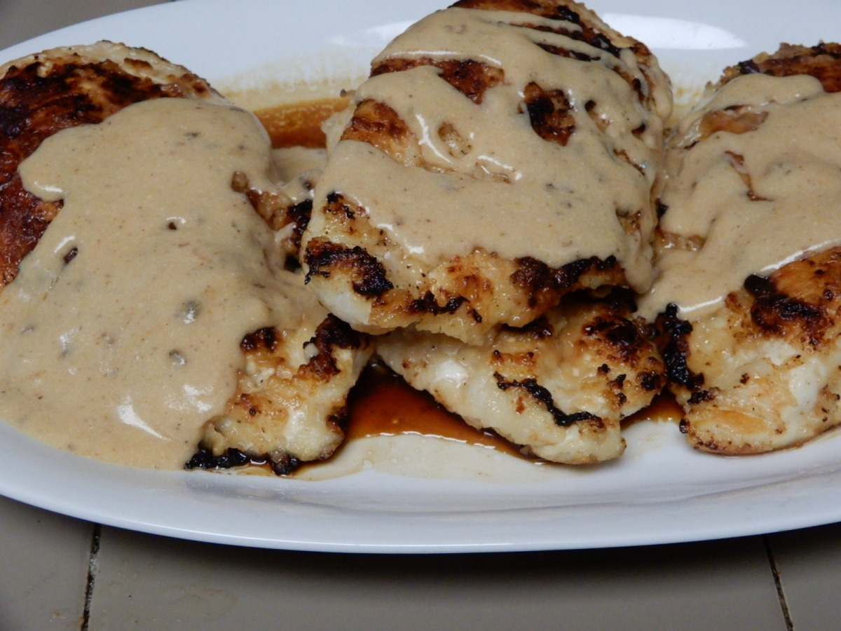Hot Sauce Chicken with Spicy Gravy