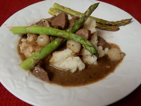 Beef Burgunday Stew & Mashed Potatoes (19)