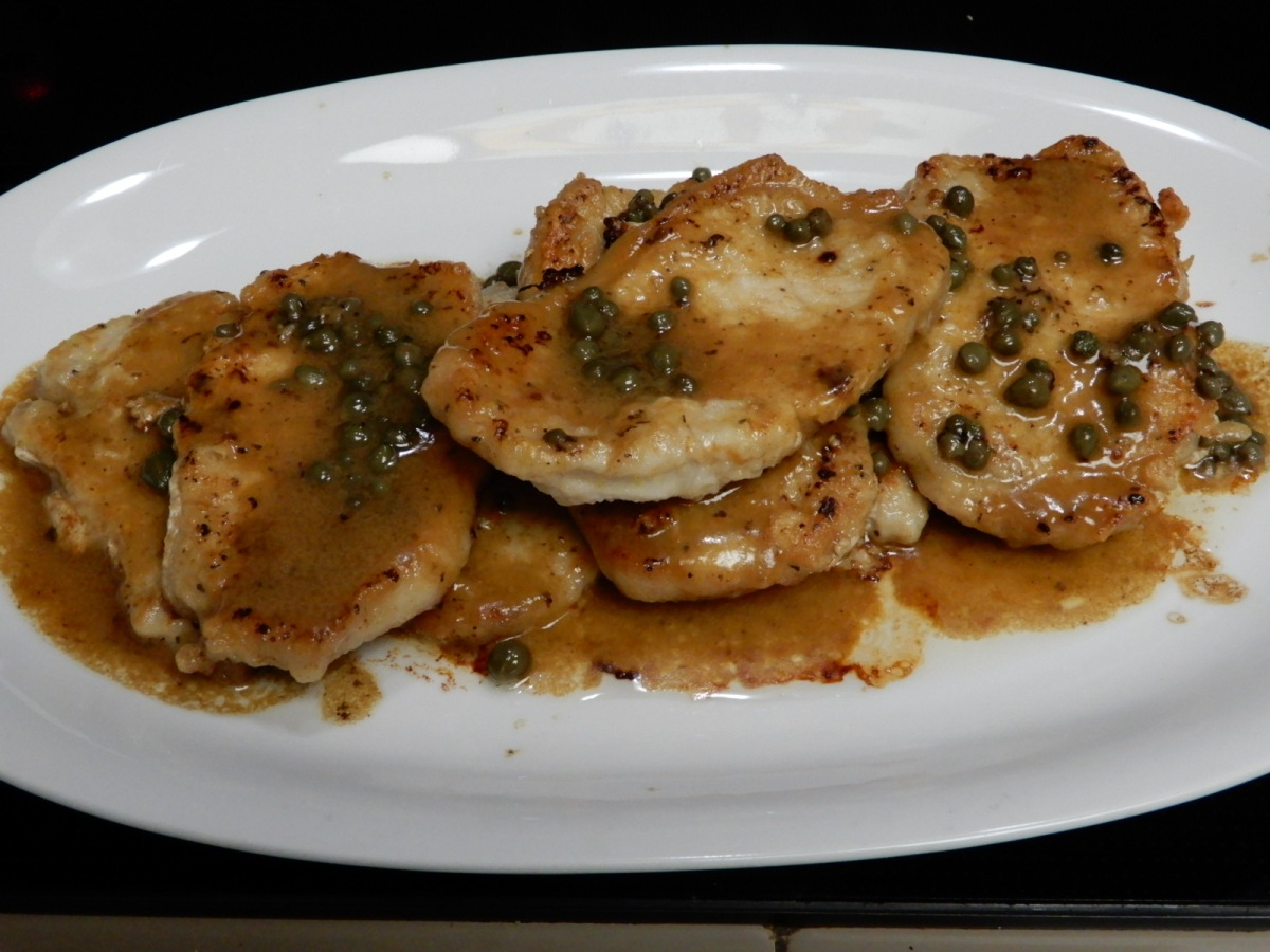 Buttery Lemon-Pepper Pork Piccata