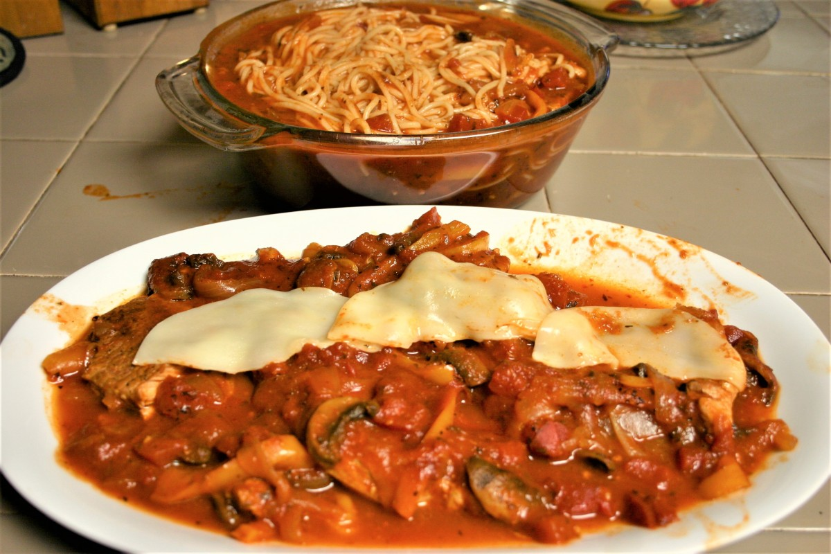 Slow Cooker Pork Chop Caccitore withSpaghetti